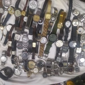 Huge Name Brand watch Lot - Over 100 pieces